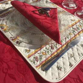 "Damasked table napkin ""Garrigue"" red"