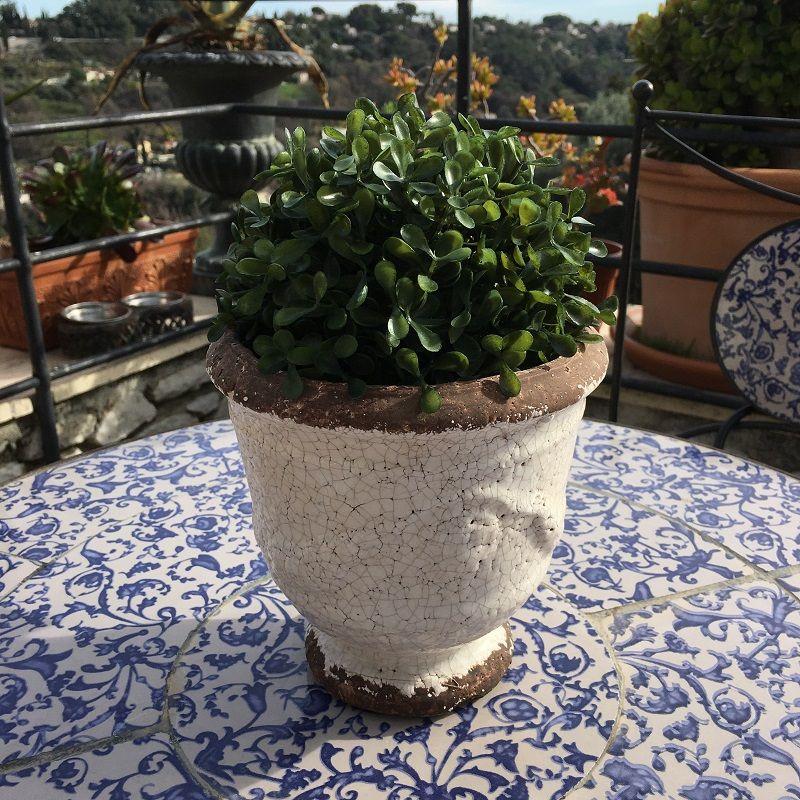 """Terra cotta plant holder """"Anduze"""" White"""
