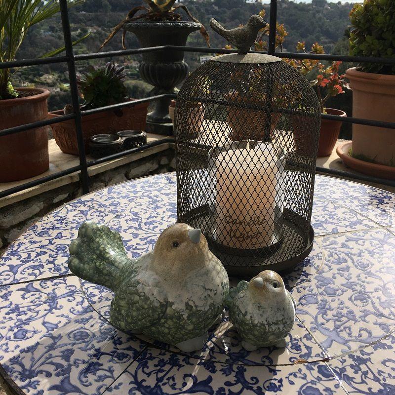Photophore cage et oiseau en métal gris