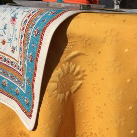 """Round jacquard damask tablecloth """"Delft"""" golden yellow"""