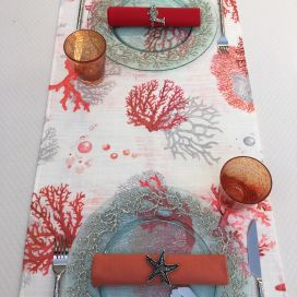 "Chemin de table en polyester enduit ""Corail"" orange"