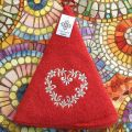 "Embrodery round hand towel ""Heart"" red"