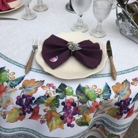 """Round coatted cotton tablecloth """"Grapes"""" from Tissus Toselli"""