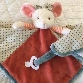 "Barbara Bukowski - Mouse ""Ingefrid baby rug"" baby rug and dummy clipd"