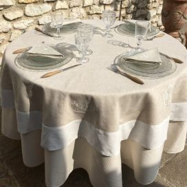 "Linen and polyester tablecloth ""Coeurs brodés"" linen and white bordure"