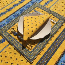 """Bordered quilted placemats """"Tradition"""" yellow and  blue, by Marat d'Avignon"""