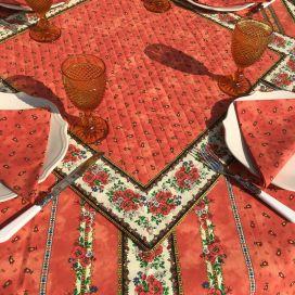 """Tapis de table en coton matelassé """"Tradition"""" orange, Marat d'Avignon"""