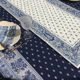 """Quilted cotton table runner """"Bastide"""" white and blue by Marat d'Avignon"""