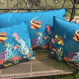 "Outdoor cushions ""Atlantide"" lagon blue"