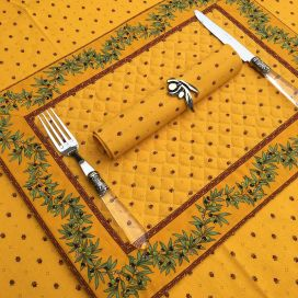 """Bordered quilted placemats """"Olivettes"""" yellow and red, by Tissus Toselli"""