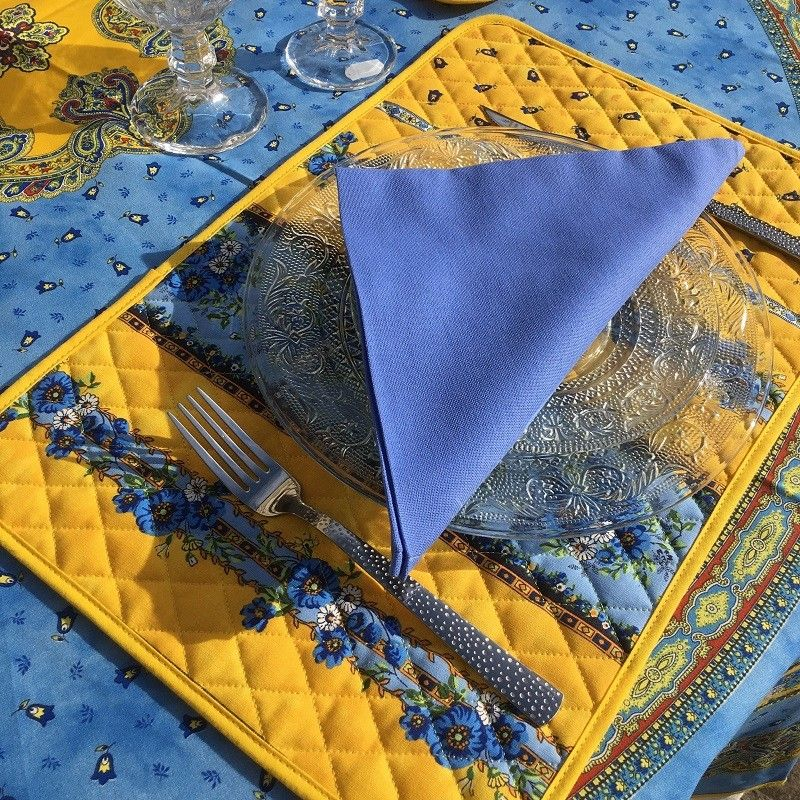 "Set de table en coton matelassé ""Tradition"" jaune et bleue  ""Marat d'Avignon"""