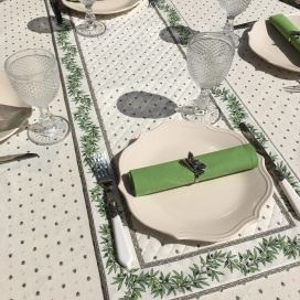 """Quilted cotton table runner """"Olivettes"""" ecru and green"""