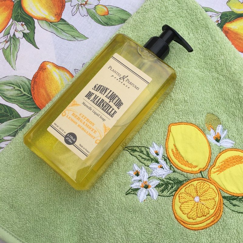 """Embrodery round hand towel """"Lemons"""" green"""