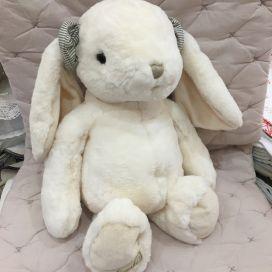 Barbara Bukowski - Rabbit The Great Kanini white