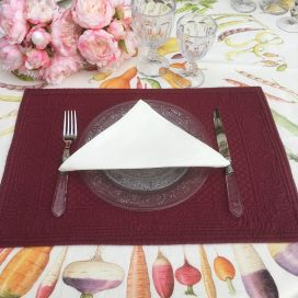 "Set de table en boutis ""Calliope"" Sud Etoffe rouge Bordeaux"