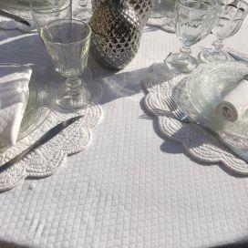 """Nappe damassée ronde """"Croisillons"""" blanc"""