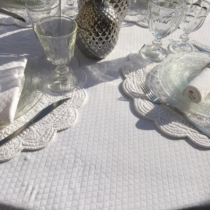 "Damask round tablecloth ""Croisillons"" white"
