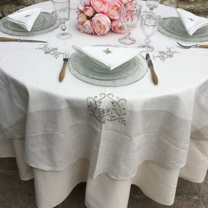 "Linen and polyester tablecloth ""Coeurs brodés""white and linen  bordure"
