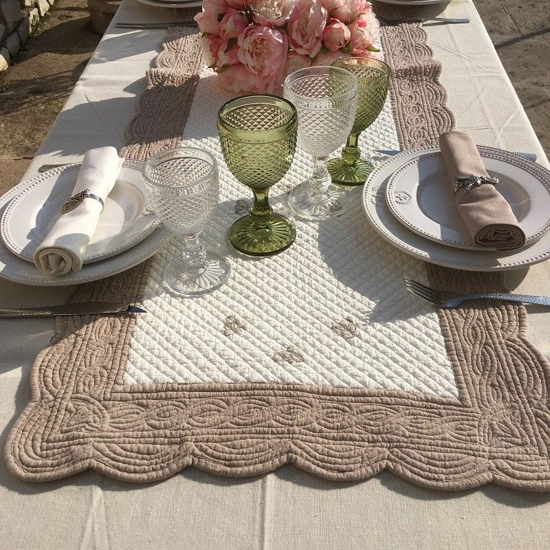 SUS ETOFFE, Table runner, Boutis fashion, MAYA, Off-white and linen color