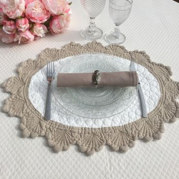 "Oval  table mats ""Boutis fashion"", KASZER, off-white and linen color"