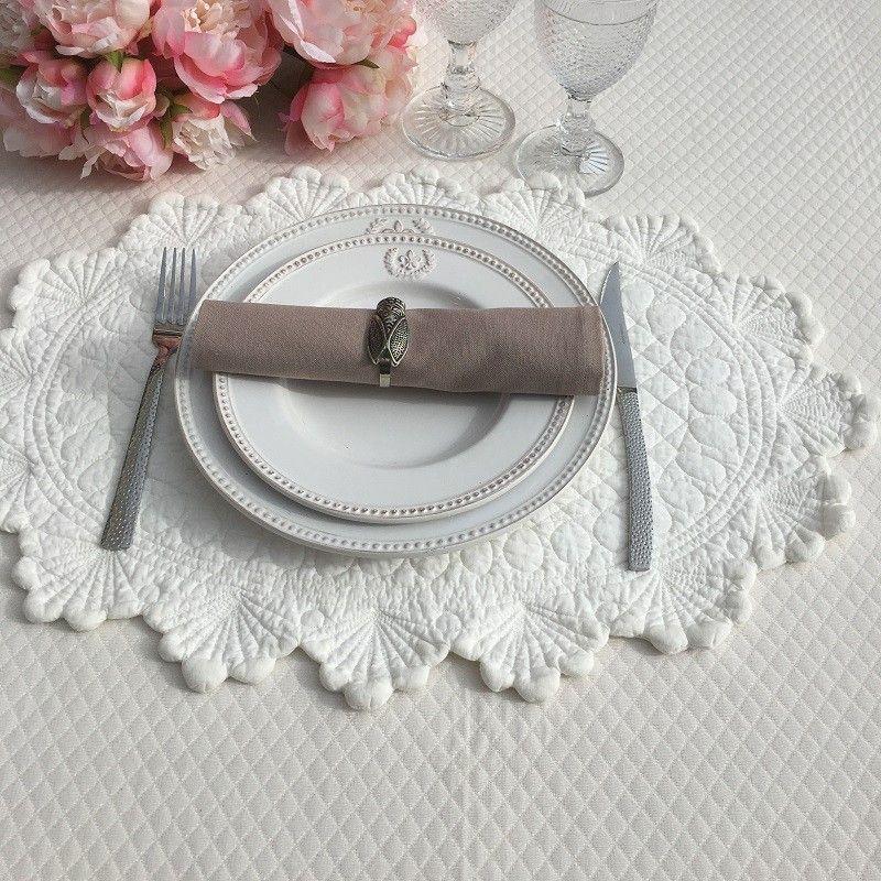 "Oval  table mats ""Boutis fashion"", KASZER, off-white"