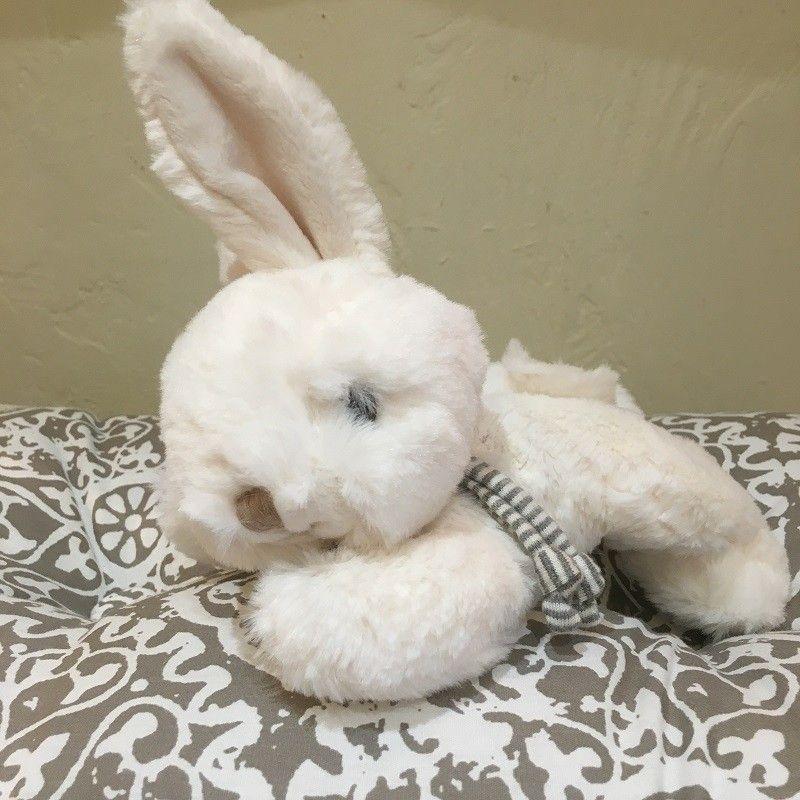 Barbara Bukowski - Fluffy rabbit COCO white