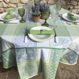 "Webbed Jacquard tablecloth, stain resistant ""Valescure"" green"