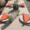 """Nappe provençale rectangulaire placée en coton """"Mirabeau"""" orange et blanche"""