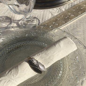 """Rond de serviette en métal argenté """"Cigale"""""""