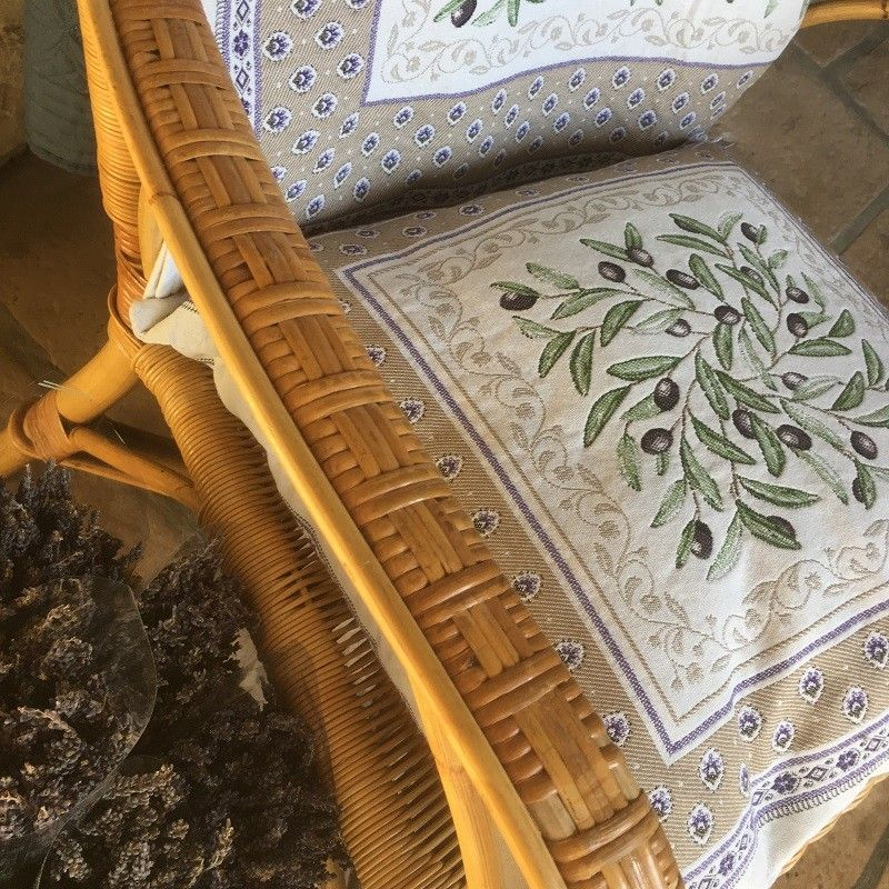 """Provence Jacquard cushion cover, Olives and lavender """"Lubéron"""" from Tissus Toselli in Nice"""