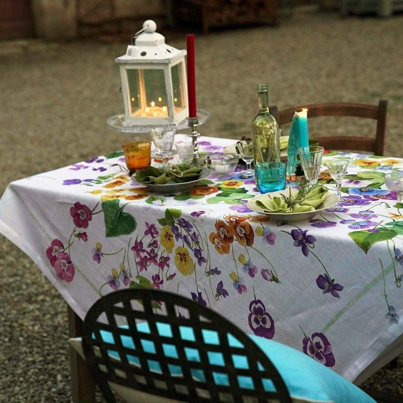 "Tessitura Toscana Telerie, rectangular linen tablecloth ""Mammola"""
