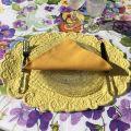 "BLANC MARICLO, set de table ovale en Boutis jaune ""Lindsay"""