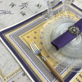 """Set de table Jacquard, Olives et lavandes """"Castillon"""" jaune Tissus Toselli, Nice"""