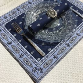 "Bordered quilted placemats ""Bastide"" Navy, by Marat d'Avignon"