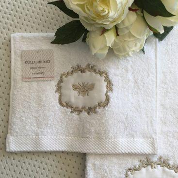 """Guillaume d'Aix, Guest hand towel """"Abeilles"""" white"""