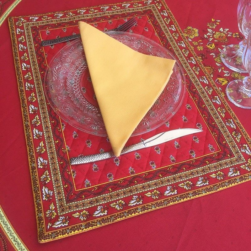 """Bordered quilted placemats """"Avignon"""" yellow and red, by Marat d'Avignon"""