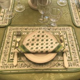 "Damask placemat Delft green, bordure ""Mirabeau"" Green"