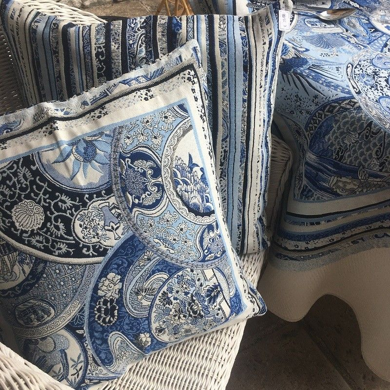 """Provence Jacquard cushion cover, """"Sensha"""" blue and offwhite from Tissus Toselli in Nice"""