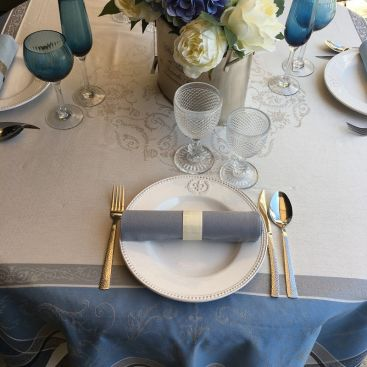 """Webbed Jacquard tablecloth """"Versailles"""" grey and blue, by TISSUS TOSELLI, Nice"""