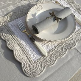 "Rectangular table mats, Boutis fashion ""Nadia"" white and grey, by Sud-Etoffe"