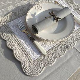 """Set de table rectangulaire en Boutis """"Nadia"""" blanc et gris, Sud-Etoffe"""