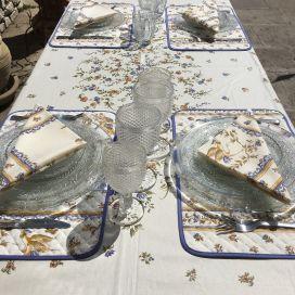 """Nappe provençale rectangulaire placée en coton """"Moustiers"""" Bleu fond écru, Tissus Toselli, Nice"""