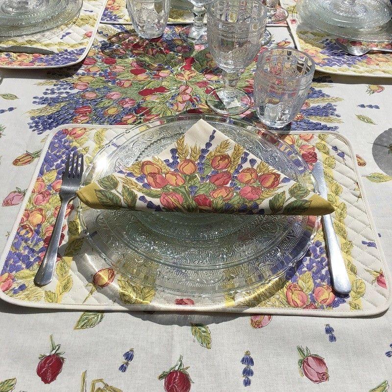 """Quilted cotton placemat """"Roses et Lavandes"""""""
