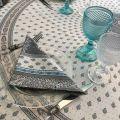 """Nappe provençale ronde en coton enduit """"Bastide"""" grise et turquoise """"Marat d'Avignon"""""""