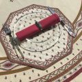 "Octogonal quilted placemats ""Avignon"" ecru and red, by Marat d'Avignon"