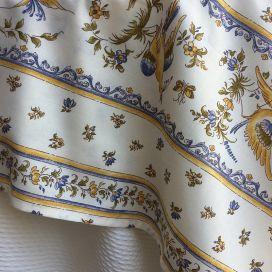 """Nappe provençale rectangulaire en coton """"Moustiers"""" bleu fond écru Tissus Toselli"""