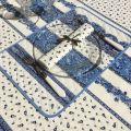"""Nappe provençale carrée en coton enduit """"Tradition"""" bleue et blanche Marat d'Avignon"""