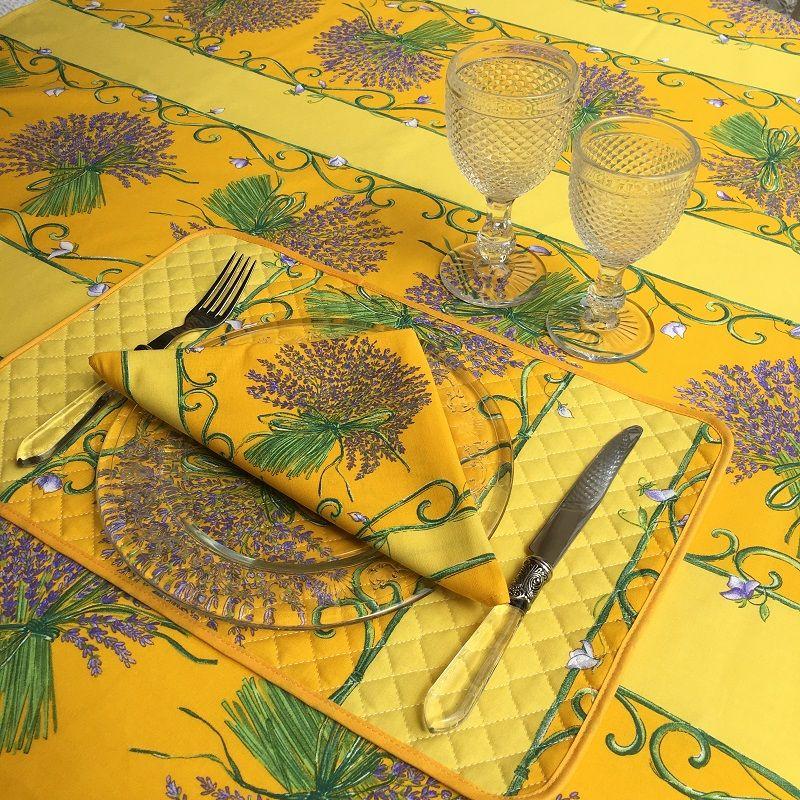 """Nappe rectangulaire en coton enduit """"Bouquet de Lavandes"""" jaune"""