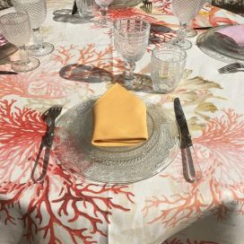 "Tessitura Toscana Telerie, round linen tablecloth ""Corail"""
