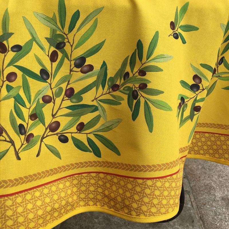 """Nappe provençale ronde en coton enduit, diamètre 230cm """"Nyons"""" jaune, TISSUS TOSELLI"""